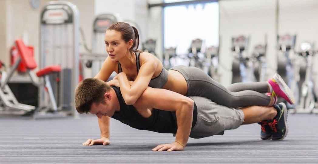 Como hacer gym en pareja y de forma correcta